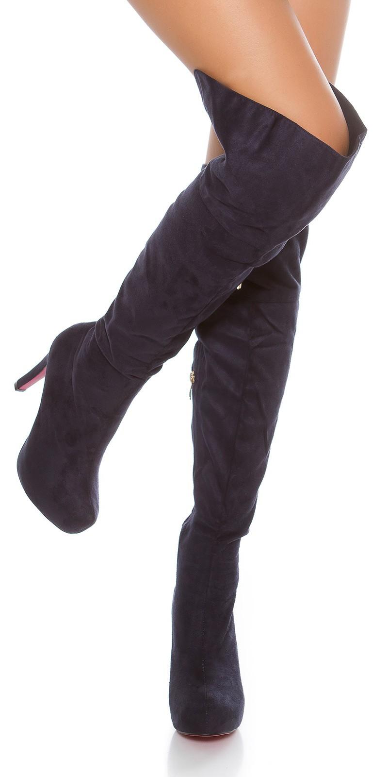 Overknee-Stiefel mit Plateau-Absatz in schwarz