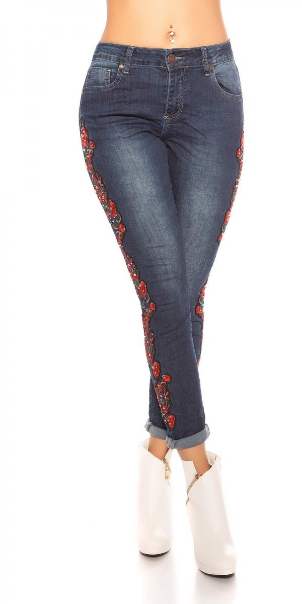 trendstylez crash jeans mit blumenstickerei. Black Bedroom Furniture Sets. Home Design Ideas