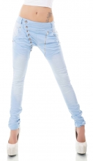 Crash-Jeans mit diagonaler Knopfleiste in babyblau